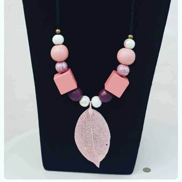 Gladly Creations Neck Piece [Pink]
